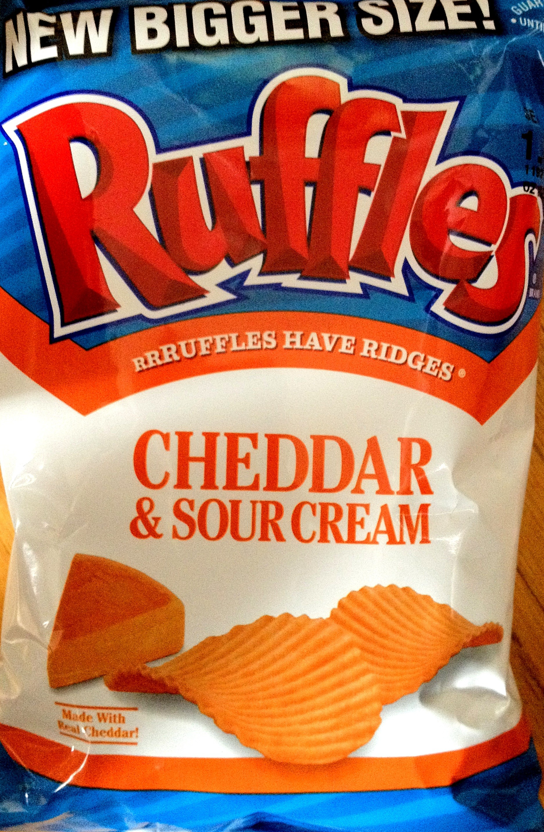 are cheddar and sour cream ruffles gluten free