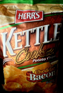 Herr's - Cheddar Bacon Jalapeno Kettle Cooked Potato Chips