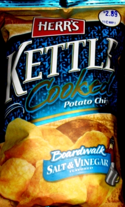 Herr's Kettle Chips Salt & Vinegar
